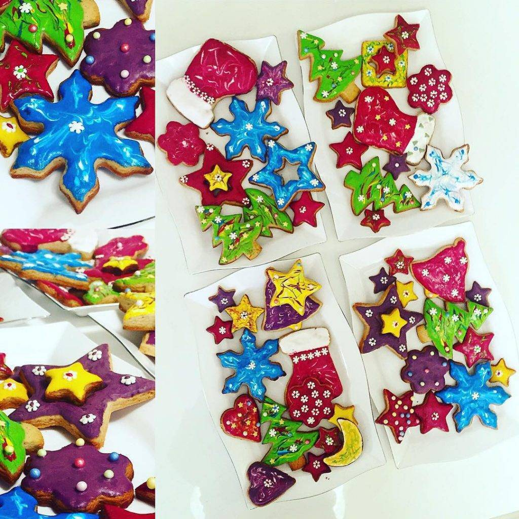 Give a smile to your beloved ones Homemade Christmas cookies #cookies #christmascookies #colours #colourful #biscuits #sweet #sweets #love #like #instadaily #instamood #girly #diy #diyideas #inspirations #inspired #style #food #home #family #cute #beautiful #bloggers #instagrammers #picoftheday #follow #homemade #bulgaria #christmaseve #yummy