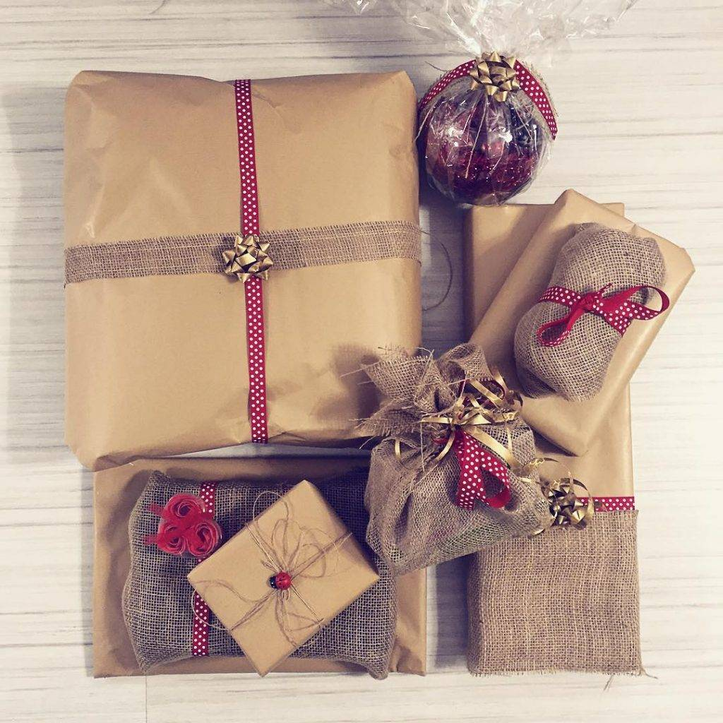 Do all things with love ❤️ The presents are wrapped and I am ready for Christmas #christmas #presnets #bow #red #beautiful #wrap #giftwrapping #wrapping #cute #colours #ideas #diy #diyideas #bloggers #instadaily #instamood #instagrammers #style #stylish #trends #inspiration #festive #chritmastime #Bulgaria #family #friends #shop #love #like #winter